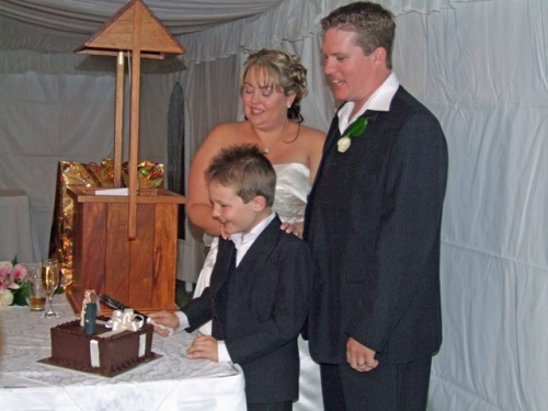 wedding-family-cake.jpg