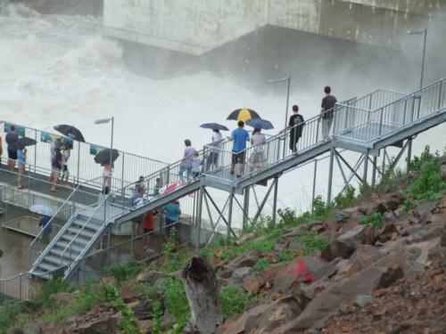 dam-water-2.jpg