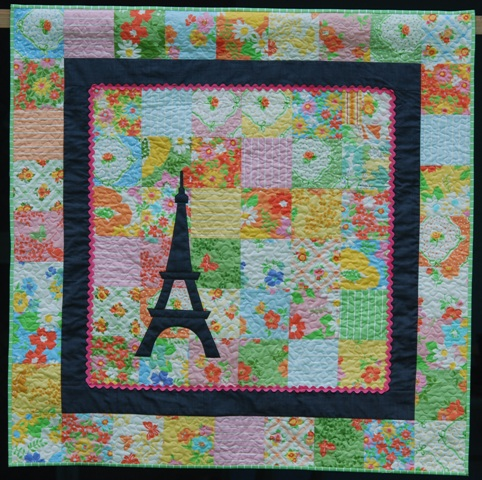 Eiffel Tower Quilt Pattern http://peppermintpatcher.wordpress.com/2011/01/17/dreaming-of-paris/